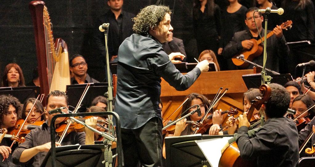 La Divina Pastora recibió la serenata de 336 músicos de El Sistema