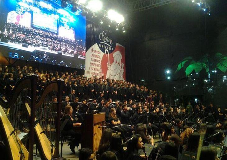 Sinfónica de Lara y Dudamel cerraron serenata a la Divina Pastora con magistral interpretación