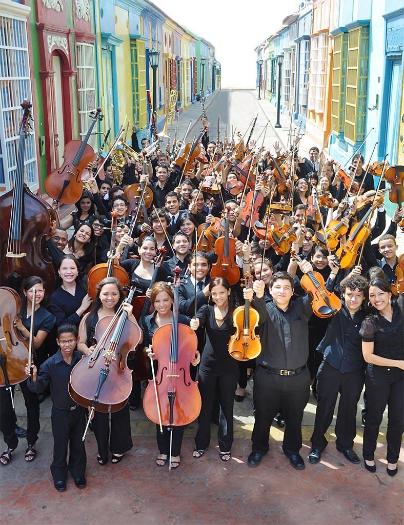 Orquesta de la juventud Zuliana Rafael Urdaneta Foto: Cortesía del Sistema Zulia Crédito: Revista Clásico