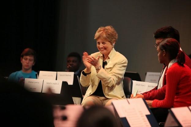 Al simposio asistieron miembros de las organizaciones aliadas a la gran red musical y social conformada en Estados Unidos, así como en otros continentes, incluyendo alumnos del programa educativo El Sistema Fellows, que se lleva a cabo en el Conservatorio de Música de Nueva Inglaterra
