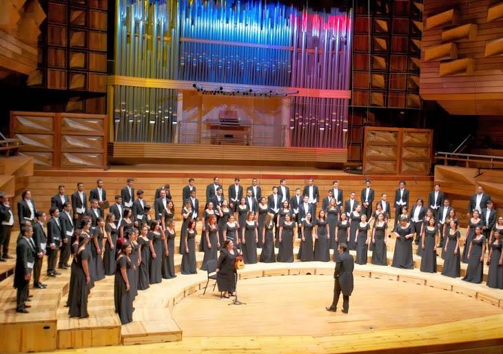 La Coral Nacional Juvenil Simón Bolívar se presentará junto al organista Vicent Heltzer
