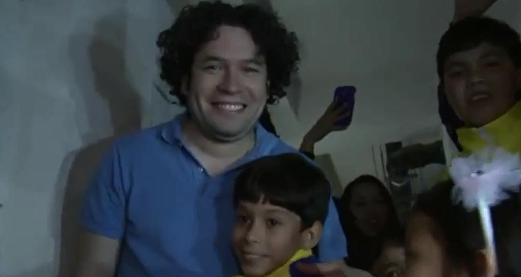 Niños Venezolanos celebraron el cumpleaños de Gustavo Dudamel