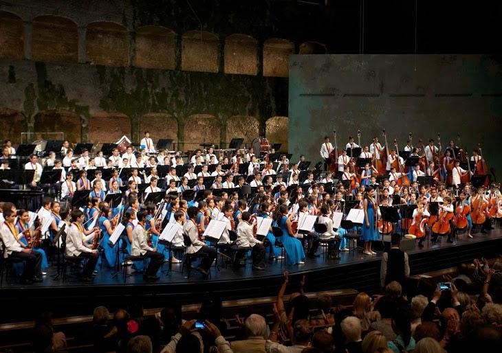 La Sinfónica Nacional Infantil de Venezuela se encuentra con la batuta de Gustavo Dudamel