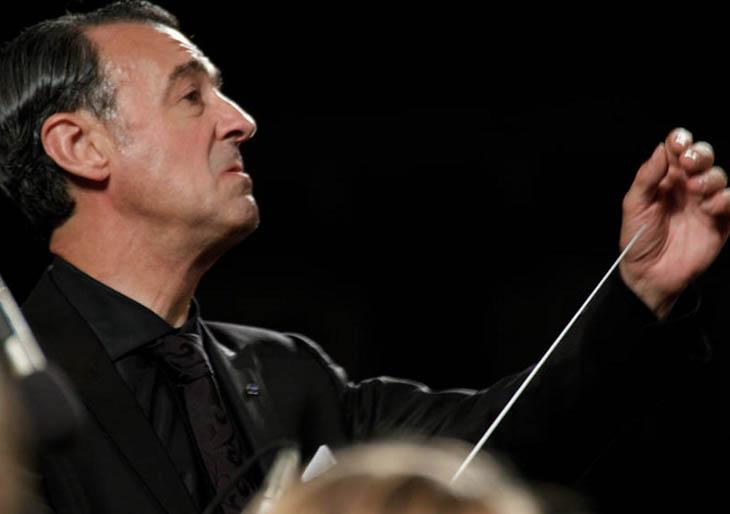 Gómez-Martínez: «Tengo memorizadas unas 85 óperas y 500 0bras orquestales»