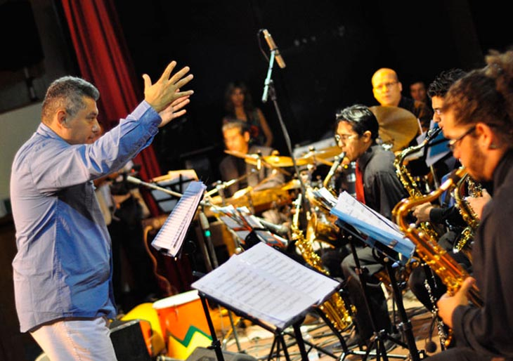 Andrés Briceño, director de la Simón Bolívar Big Band Jazz