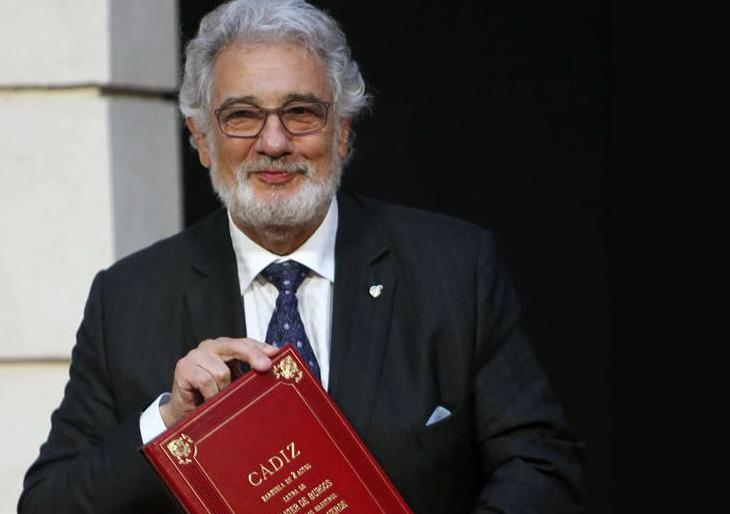 Plácido Domingo recoge el Premio Iberoamericano de Música Cortes de Cádiz