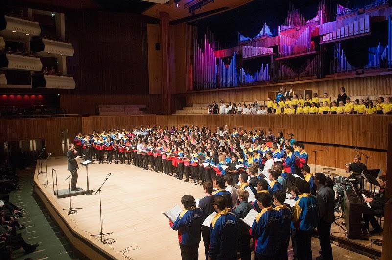 Más de 200 cantantes se unieron en el Royal Festival Hall para hace un canto común