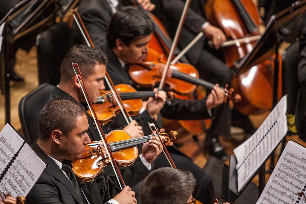 Estudiantes de la Cátedra Latinoamericana de Composición del Conservatorio de Música Simón Bolívar (CLCCMSB)