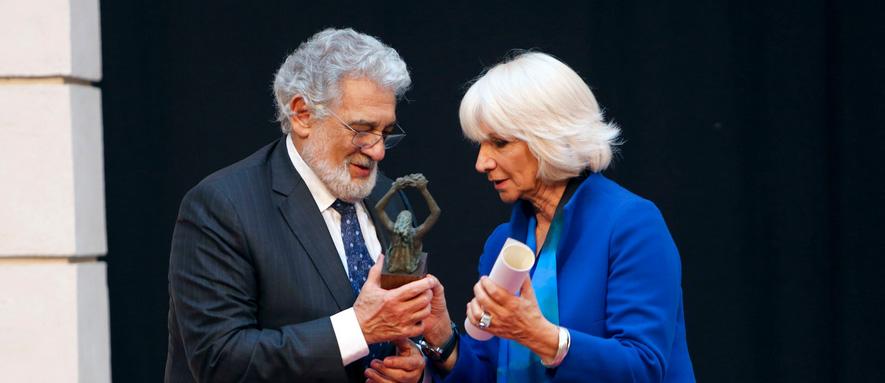 Plácido Domingo recoge el Premio Iberoamericano de Música Cortes de Cádiz Fotografía: Manuel Fernández