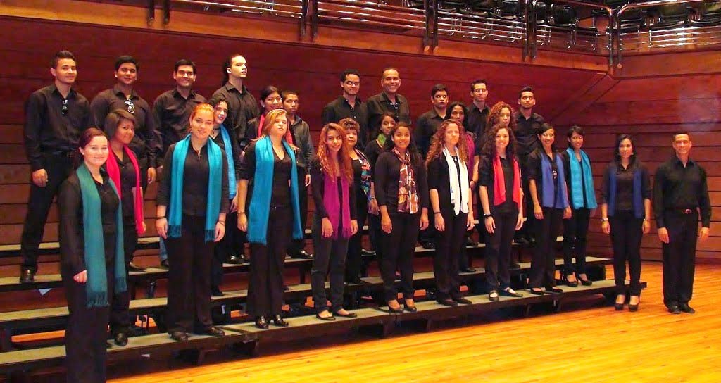 Coro del Conservatorio de Música Simón Bolívar rinde homenaje a las madres