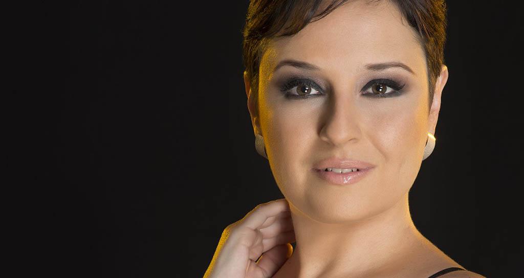 """Andrea Imaginario presenta """"Em Pessoa"""" en el Centro Cultural B.O.D."""