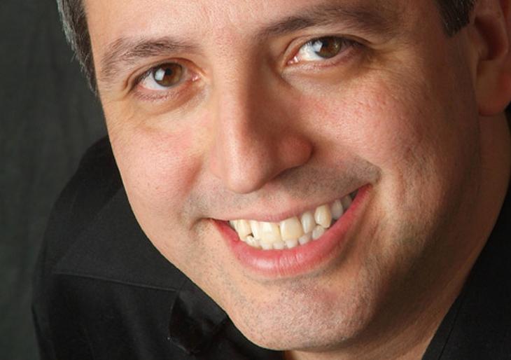 Efraín Amaya: El cuento es con las notas