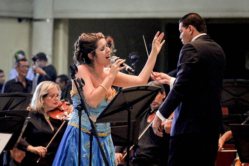 Sandra y Ricardo cumplen 20 años cantando Fado