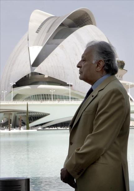Zubin Mehta cuenta ya con su escultura de homenaje en el Palau de les Arts