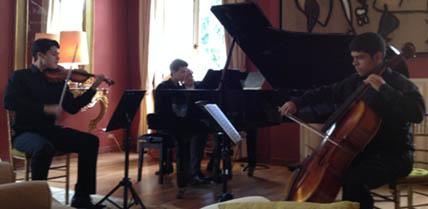 Ricardo Lemus, violín – Danilo Ugarte, cello, Stefano Arena, piano.