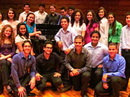 Coro Juvenil del Conservatorio de Música Simón Bolívar