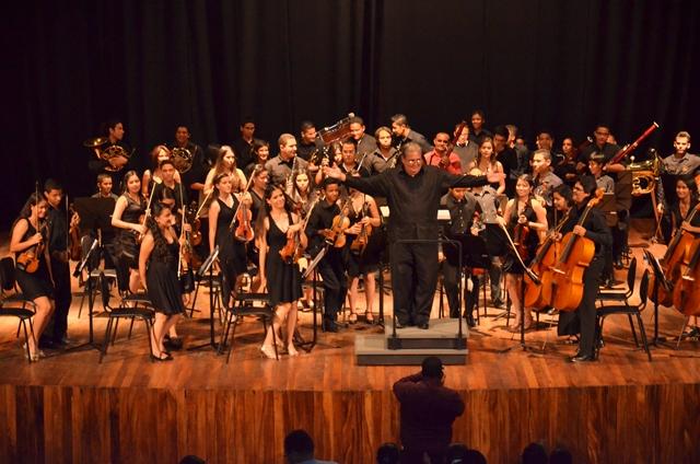 """Orquesta Sinfónica de las Juventudes Larenses """"Pedro León Torres"""""""