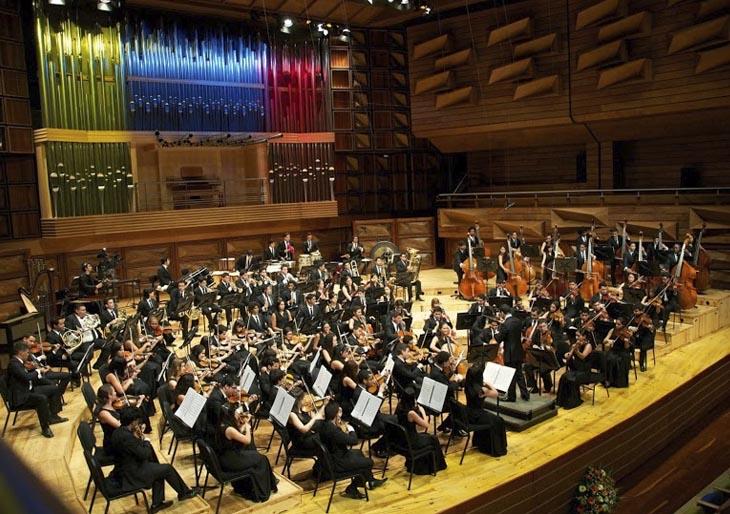 Jóvenes músicos de la Juvenil Teresa Carreño dirigirán el virtuosismo de sus compañeros