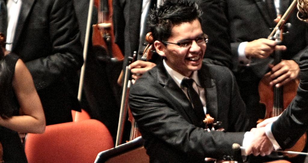 Una promesa del violín se atreve a tocar el Concierto N° 2 de Britten