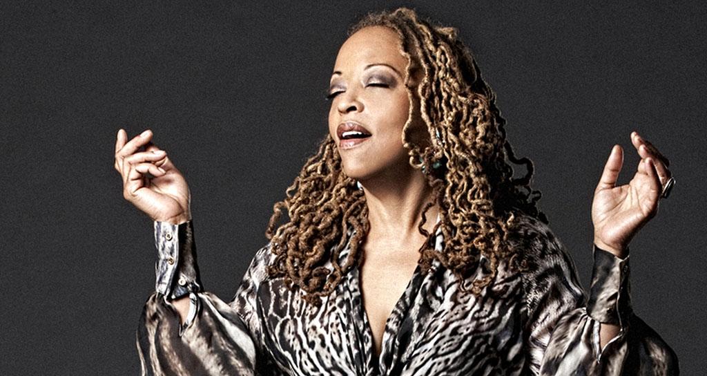 'Todas las músicas viajan por el mismo río': Cassandra Wilson