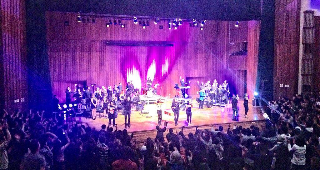 Orquesta de Rock Sinfónico Simón Bolívar triunfa en Bogotá