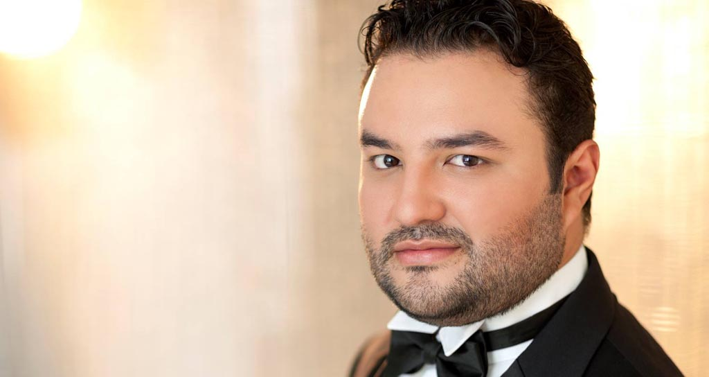 Video – Tenor Mario Chang canta Verdi para ganar Operalia 2014