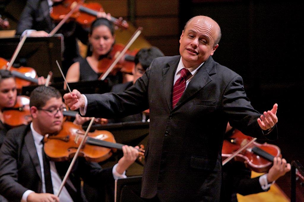 Pablo Castellanos 4