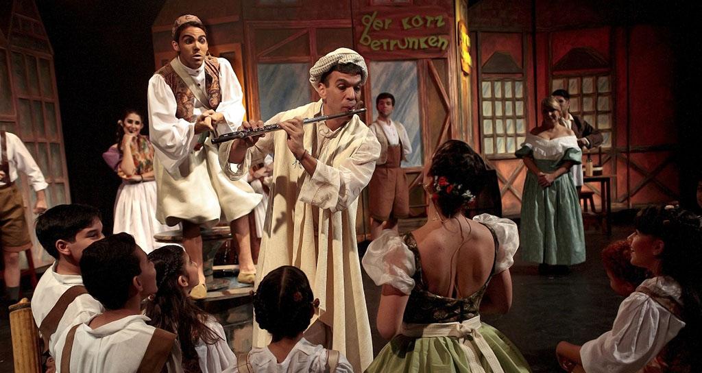La mágica historia de el Flautista de Hamelin se llenó de aplausos en su estreno