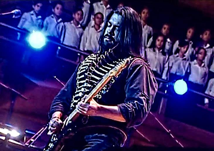 Ángel Quiñones y la Guitarra eléctrica, su instrumento infinito