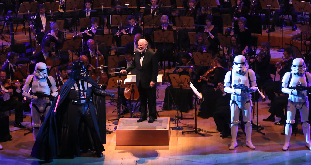John Williams es homenajeado por Gustavo Dudamel y Darth Vader (VIDEO)