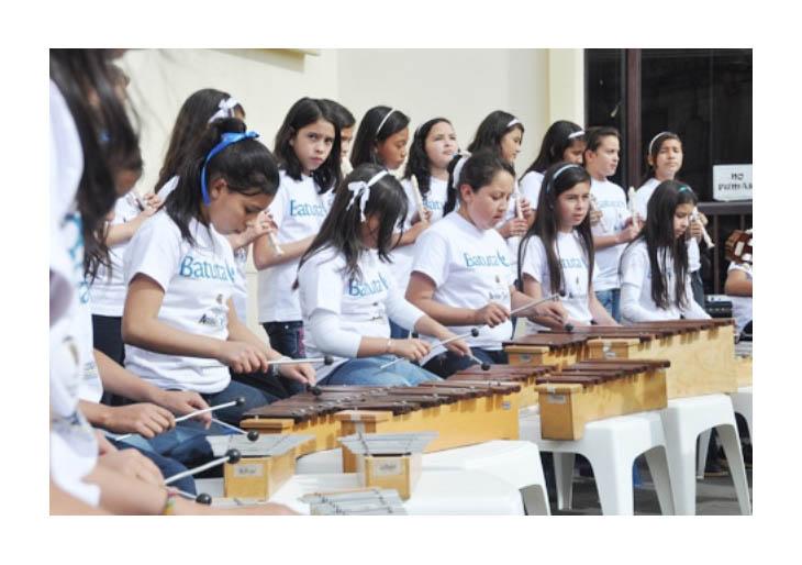 Niños y jóvenes de Colombia y Venezuela ofrecieron concierto binacional este domingo en Maracaibo