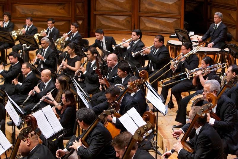El concierto contará con la presentación solista del chelista José David Márquez quien actuará junto a su orquesta matriz, la Sinfónica Simón Bolívar, ambos bajo la dirección del maestro Alfredo Rugeles