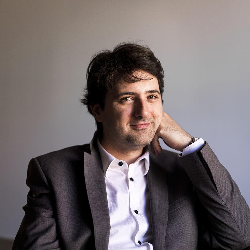 """Visita del director y compositor francés Bruno Mantovani, invitado por """"El Sistema"""""""