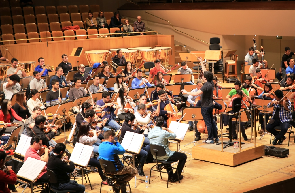 Repsol apoya réplica en España de sistema venezolano de orquestas