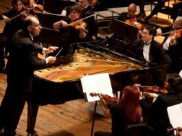 Sinfónica Municipal de Caracas bajo la batuta de Rodolfo Saglimbeni
