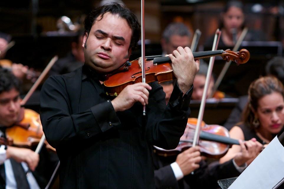La interpretación del concierto de Shostakovich por parte de Alexis Cárdenas dejó ver su virtuosismo