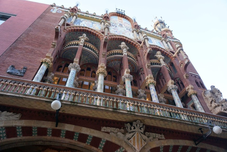 El Palau de la Música Catalana dio la bienvenida por vez primera a los músicos venezolanos, liderados por el maestro Gustavo Dudamel