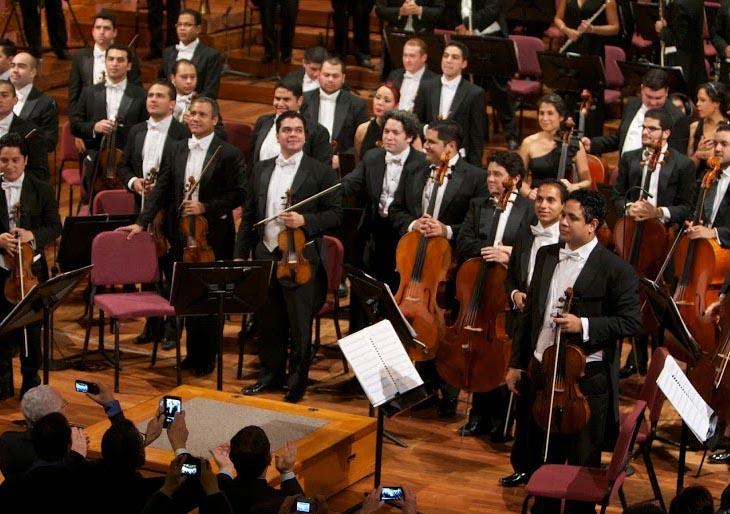 Dudamel y la Bolívar elogiados por los catalanes