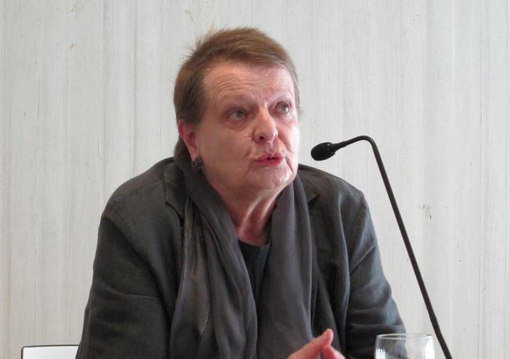 Helga Schmidt: «Han mancillado mi reputación con mentiras»