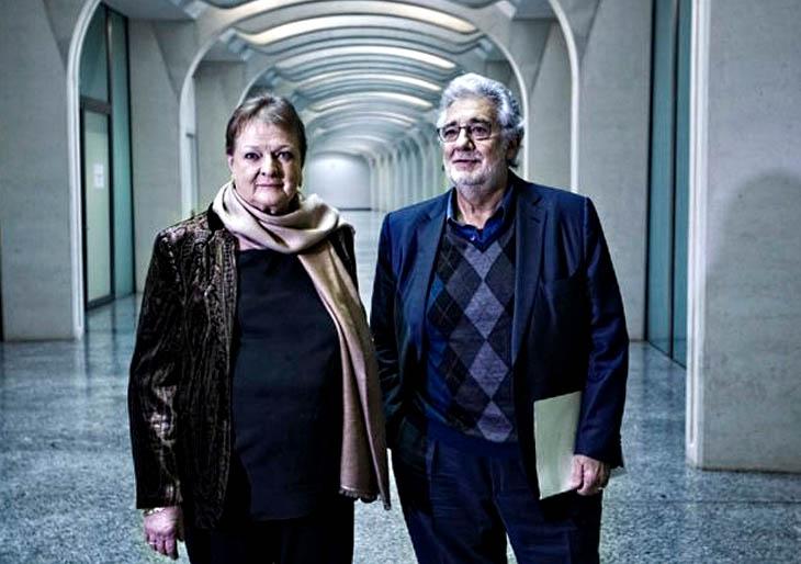 Plácido Domingo pide a Schmidt que aclare si cobró comisiones en el Palau de Les Arts