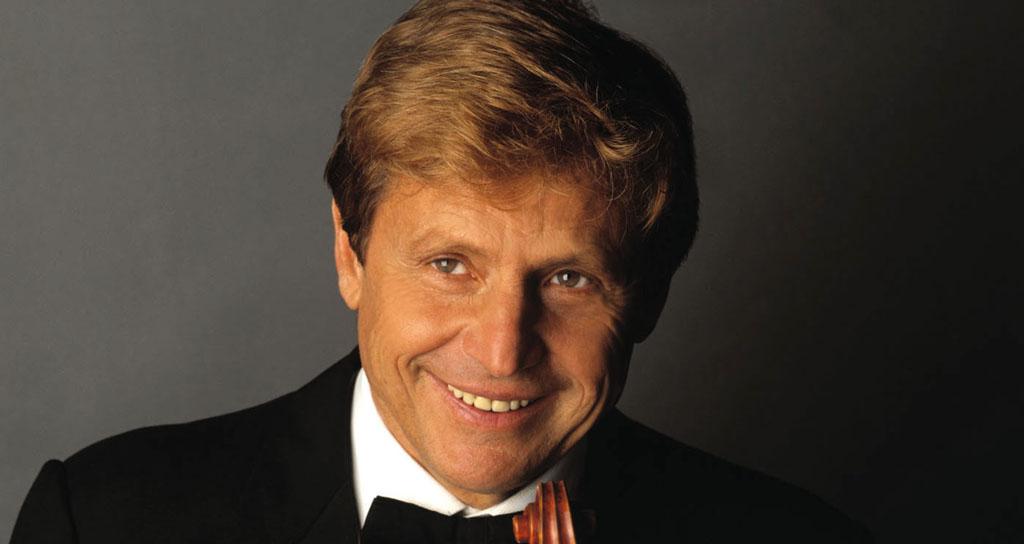 El violinista italiano Uto Ughi rinde homenaje al maestro Abbado