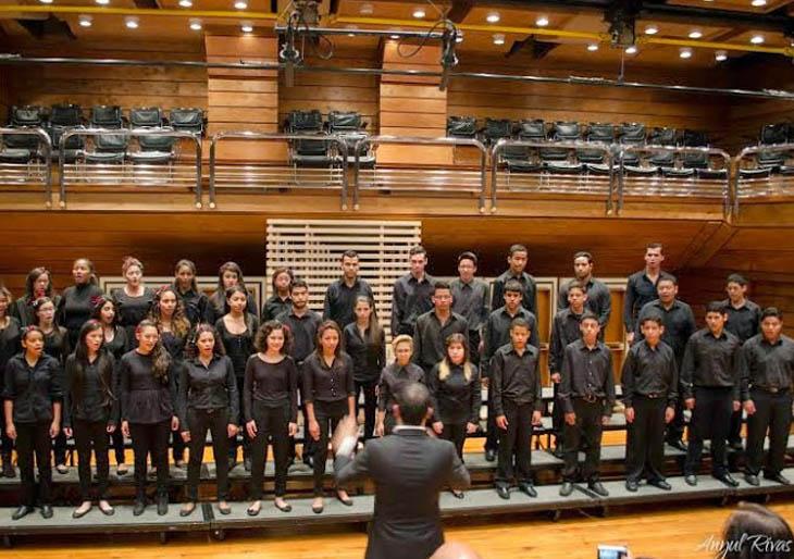 Audiciona y forma parte del Coro Juvenil Metropolitano de El Sistema