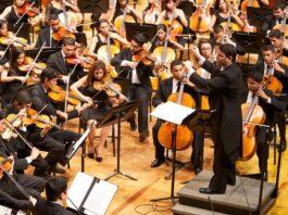 Orquesta Sinfónica de Juventudes Francisco de Miranda, bajo la batuta de Andrés González