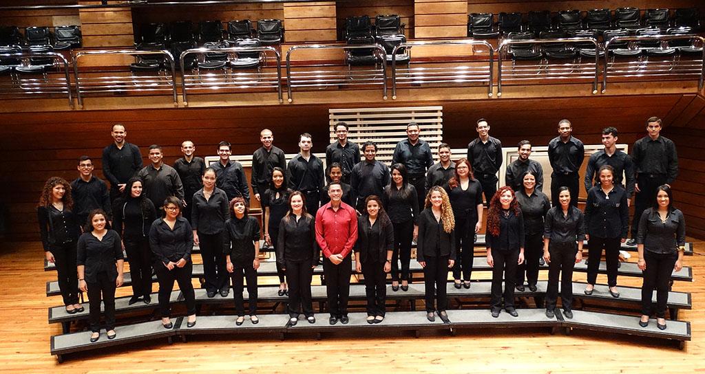Coro Juvenil del Conservatorio Simón Bolívar celebra el 40 aniversario de El Sistema en El Hatillo