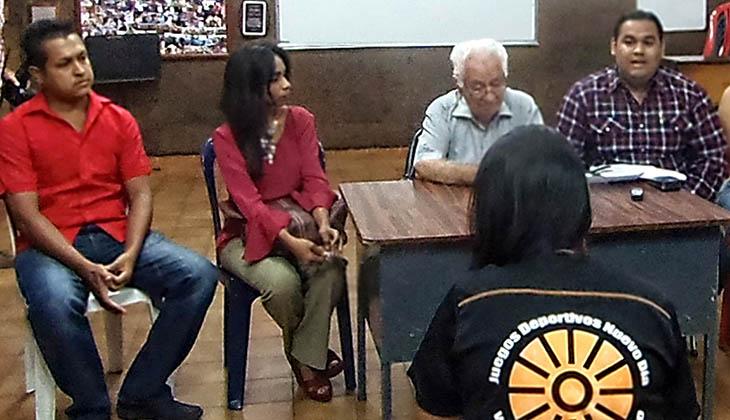 El maestro Maiolino acompañado de Adonis Medina Coordinador núcleo Coro; Rosa Coronado, coordinadora del Proyecto Simón Bolívar, explicaron el cronograma de presentaciones.