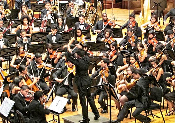 Orquesta Sinfónica Juvenil del Conservatorio Simón Bolívar se une a la celebración del 40 aniversario de El Sistema