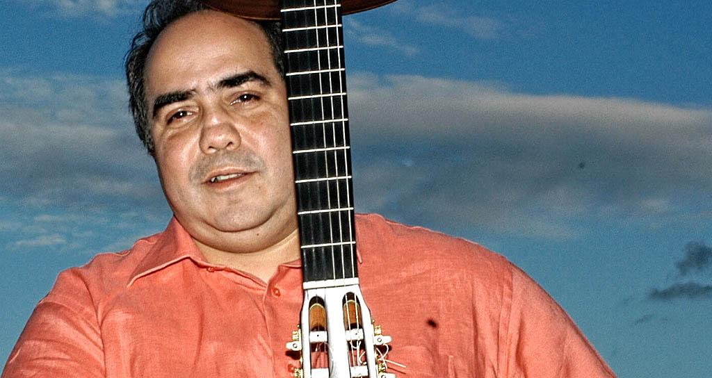 Aquiles Báez ofrecerá conferencia gratuita sobre música brasileña