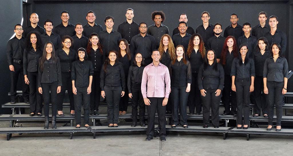 Coro Juvenil del Conservatorio Simón Bolívar se presenta en el Centro Cultural Chacao