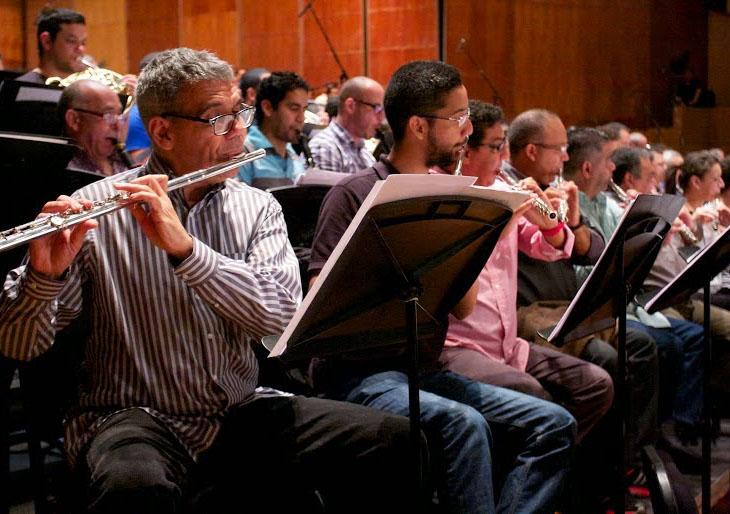 Cuatro décadas musicales unidas en un mismo concierto