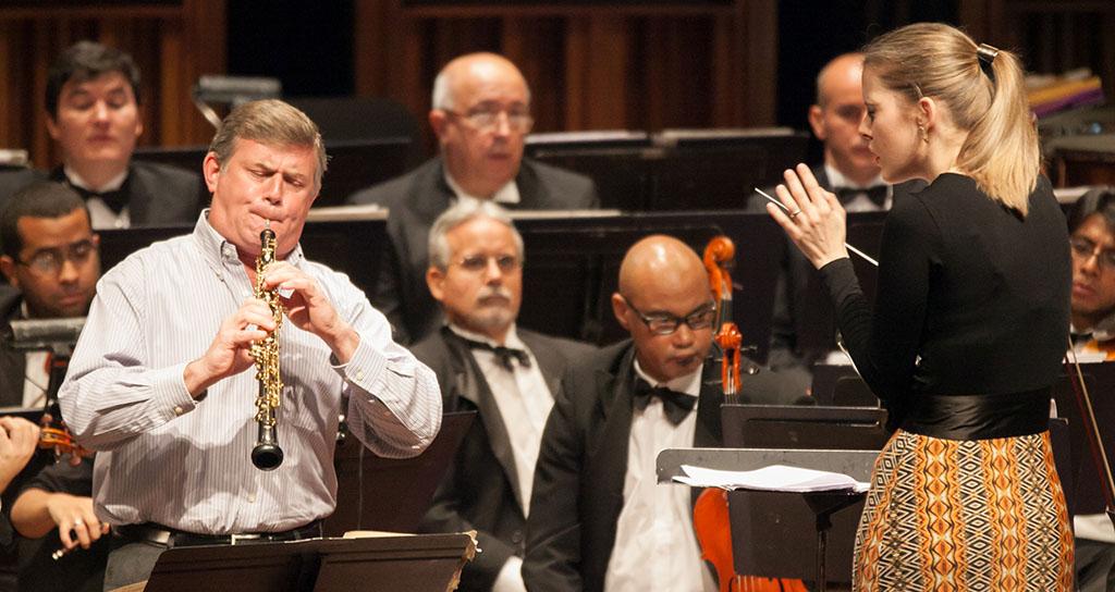 Emotividad y pasión por la música encuentran en Ciclo las Tres B seguidores de la OSMC